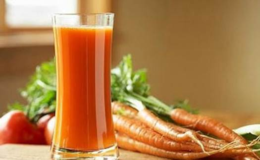Carrot helps transform vitamin C and makes skin and vision get healthier.