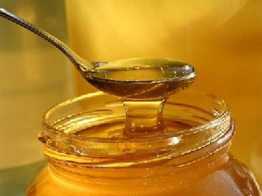 Parents shouldn't use honey until your baby's digestive system is 1 year old.