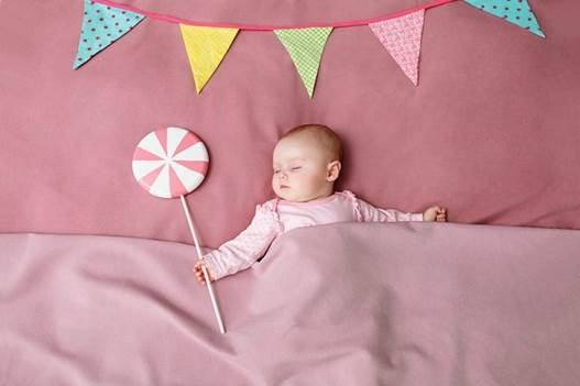 Healthy children often go to bed soon and have deep sleeps.