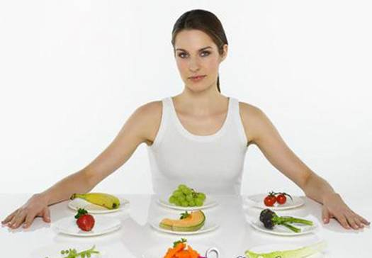 Fibrous diets help control the content of cholesterol thoroughly.