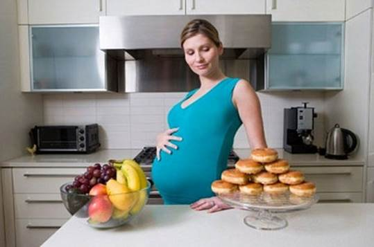 Experts always advise pregnant women to have healthy diet and diet that is rich of nutrients.