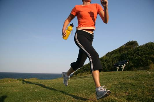Make sure that you buy the shoes from specialized stores and are consulted by sellers so that your feet won't be injured during the jogging.