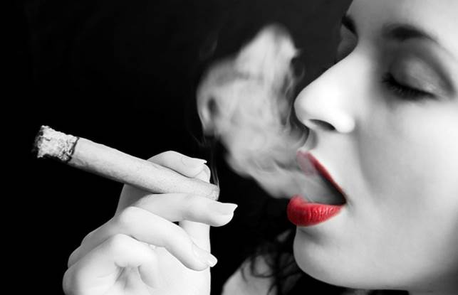 Description: Smoking is linked with a higher risk of rheumatoid arthritis, lupus, MS and Graves' disease