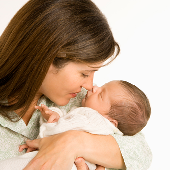 Description: It takes about 14 days for the umbilical cord to be dried, removed from the body and left a small wound.