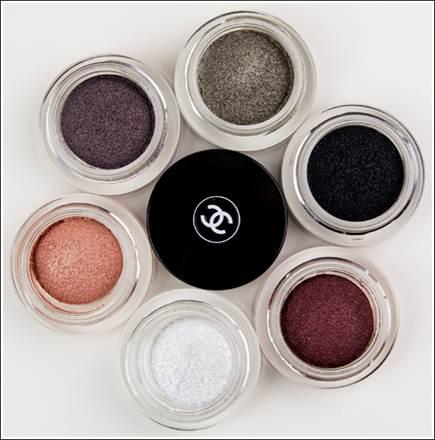 Description: Chanel Illusion DO mbre Long Wear Luminous Eye shadow