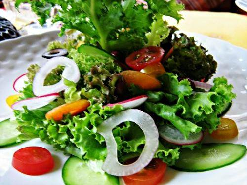 Description: Add vegetables to your daily diet will help you have a healthy body