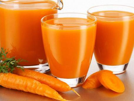 Description: Children eating too much vegetable juices such as carrot or tomato can get symptoms such as hyperlipidemia, facial skin turning to yellow