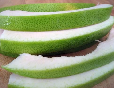 Description: Pomelo peels