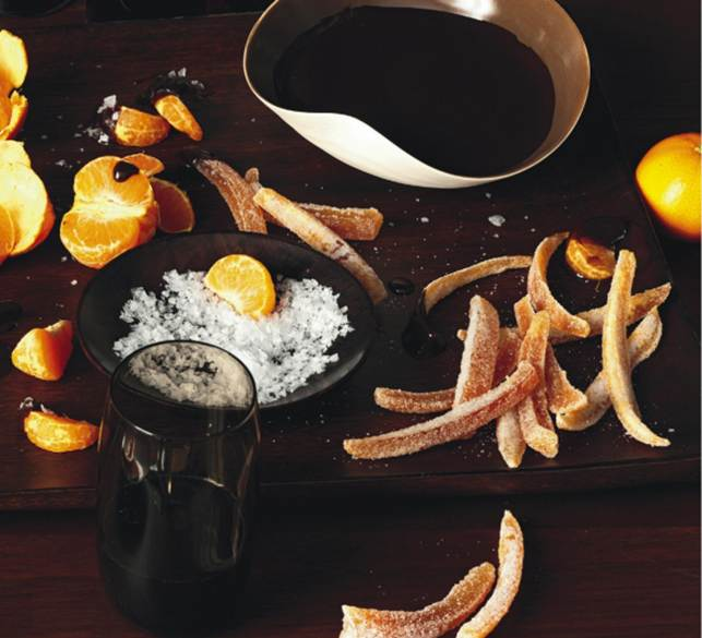 Chocolate Fondue With Mandarins, Candied Grapefruit Peel And Glacéed Orange Slices