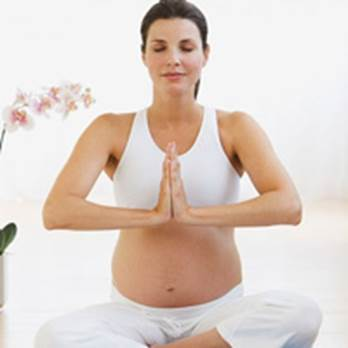 Pregnant women should exercise regularly.