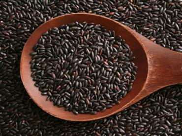 Black rice (unpolished rice)