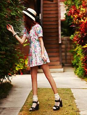 Doll dress designs are very attractive in this summer