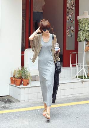 Be youthful with elongated elastic dress and baggy cardigan.