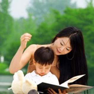 Children are especially interested in comics and fairy tales.