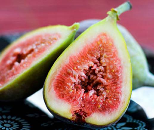 Fig is effective therapy to treat constipation.