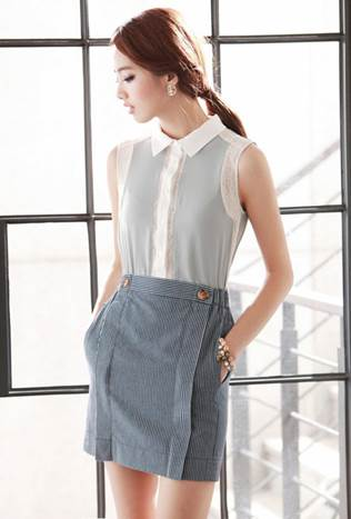 Stylish girls will not pass over such skirt with impressive small lines.