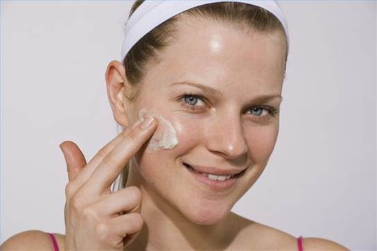 Oil skin is kind of skin that has large pores, you always feel oleaginous, polished, and uncomfortable on facial skin