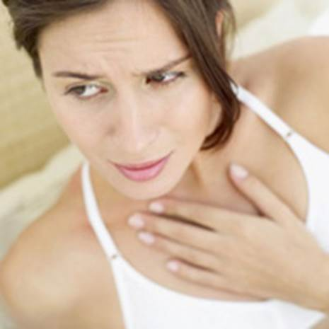 Feel hurt when swallow can be sign of esophageal cancer.