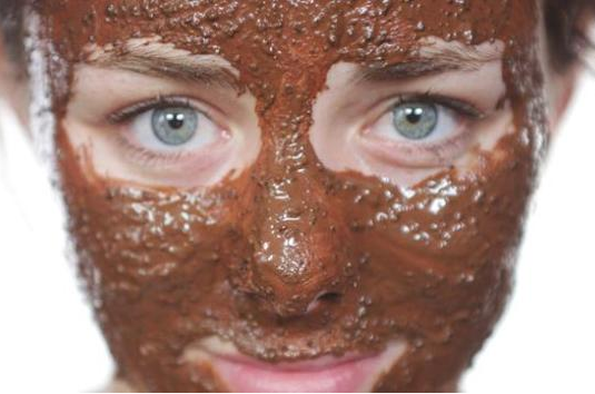 Description: Applying a coffee and egg white mask help with exfoliating you facial skin