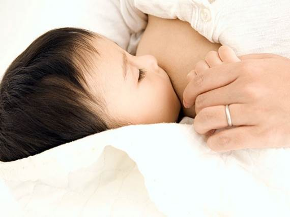 Description: While some women can have increased libido when they're breastfeeding their baby, in general, breastfeeding normally reduce libido rather than increase it.