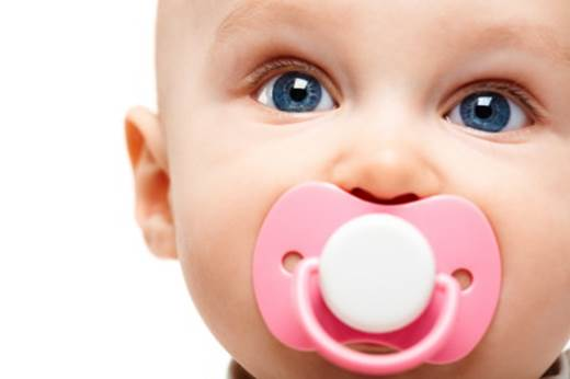 Description: Pacifiers can help newborn babies sleep as newborn babies usually find things to suck on during breastfeeding stage.