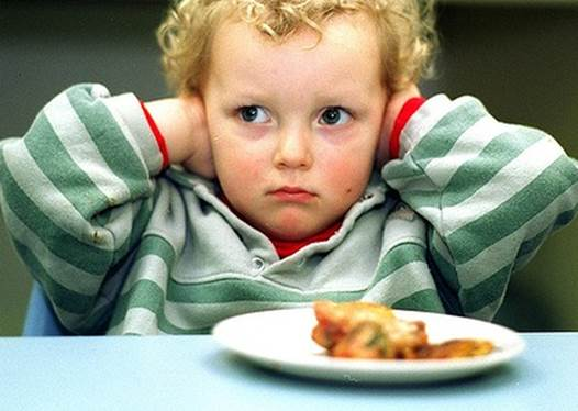 Description: You need to be calm to find out why your child refuses to eat