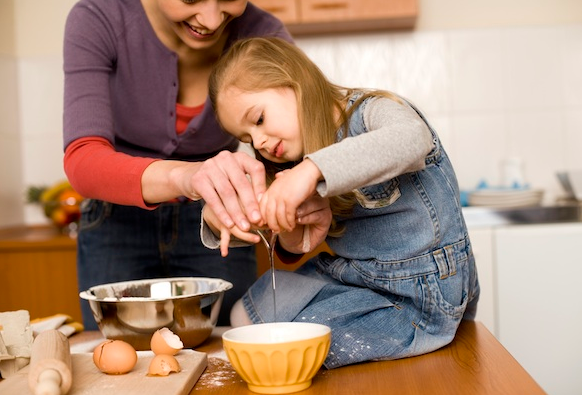 Description: Let the child join in the preparation process