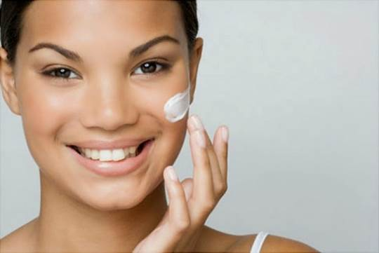 Description: You don't have to be a chemist to make your own anti-aging cream.